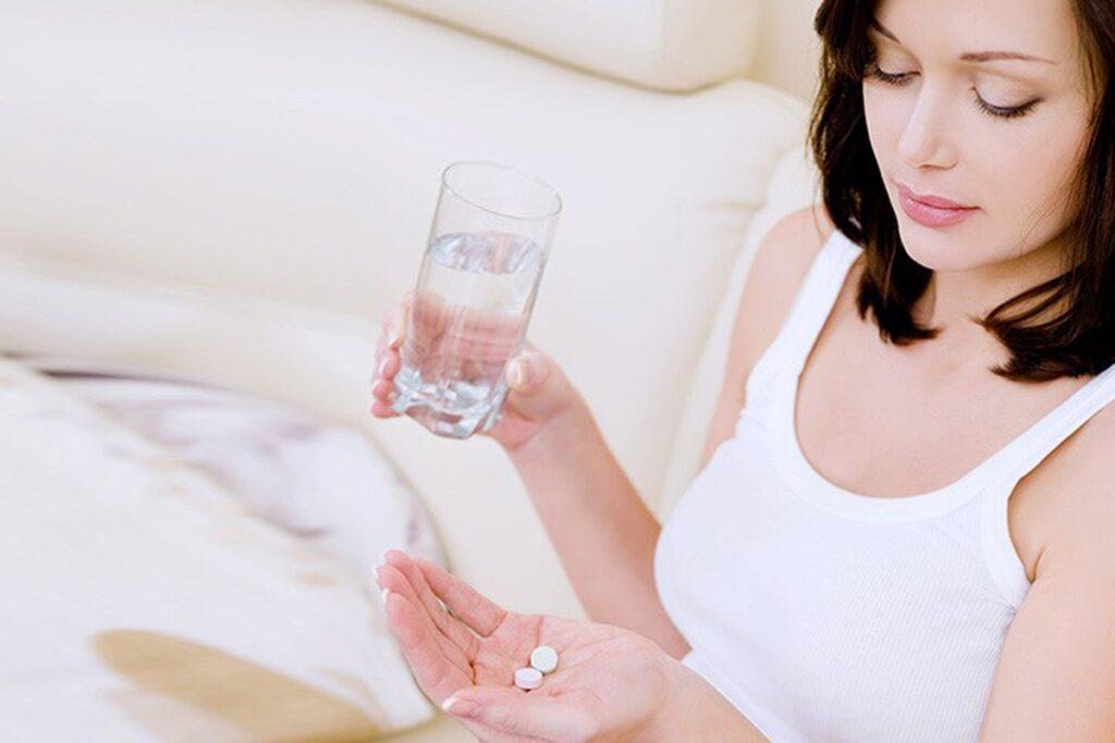 Điều trị lạc nội mạc tử cung bằng thuốc